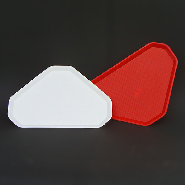 Sarkított háromszögű trapéz tálca PP fehér