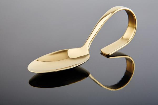 Kínáló kanál arany színű acél 13,5cm
