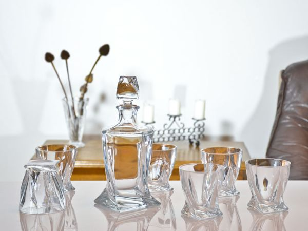 Whisky szett 1 üveg, 6 pohár  Quadro (BOH900)